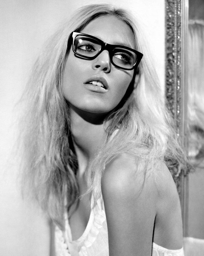 Anja Rubik Hot Glasses Pics 819x1024 - Anja Rubik Hot Glasses Pics