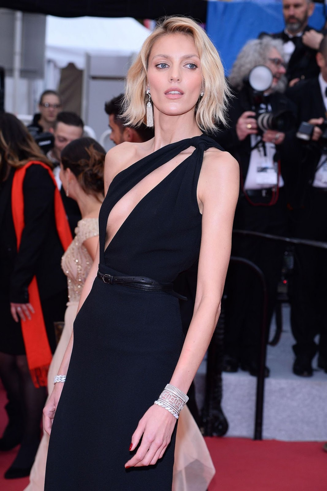 Anja Rubik Hot Red Carpet Pics - Anja Rubik Hot Red Carpet Pics