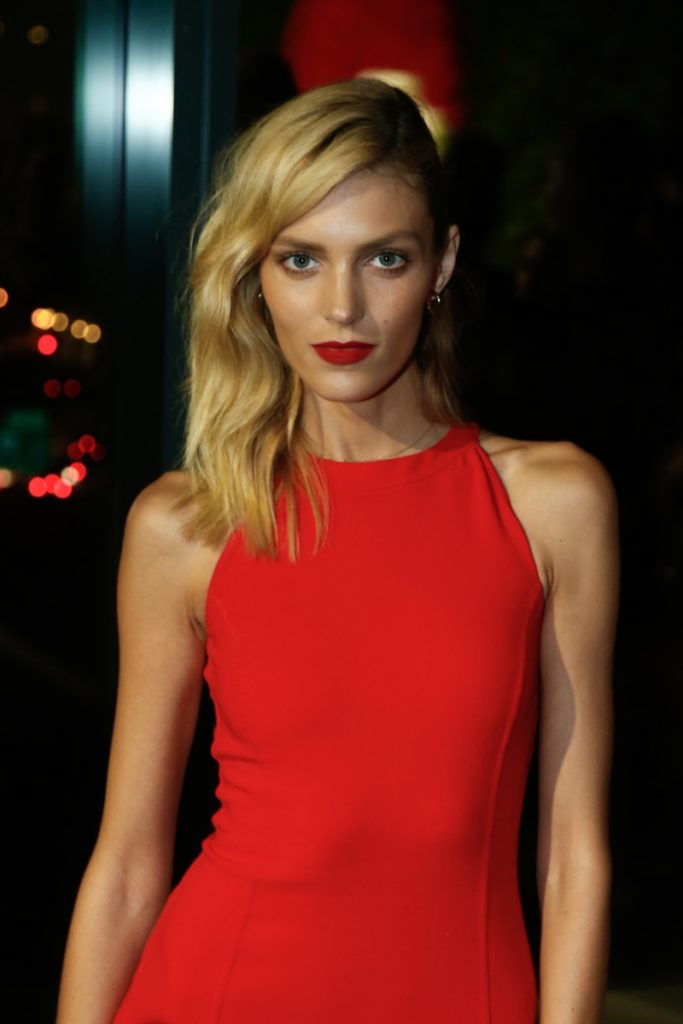 Anja Rubik Hot Red Lips Dress 683x1024 - Anja Rubik Hot Red Lips & Dress