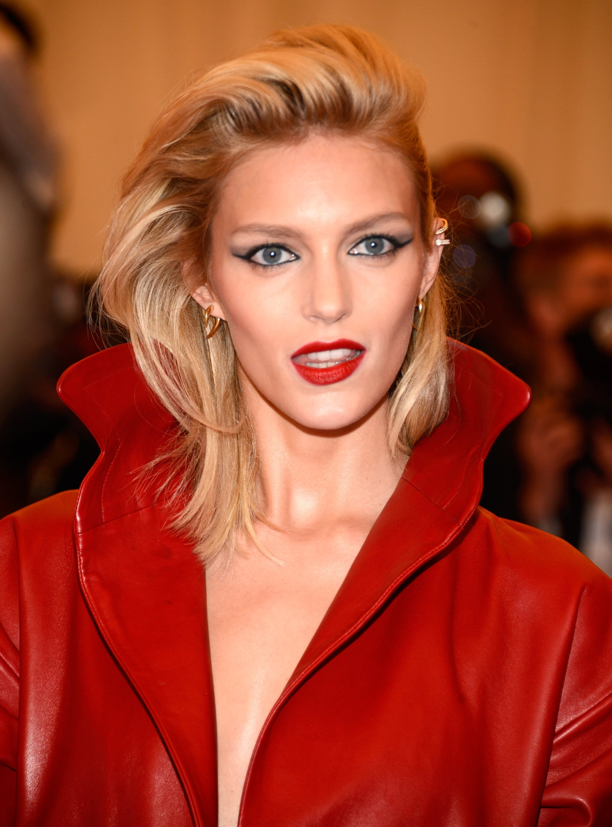Anja Rubik Hot Red Lips - Anja Rubik Hot Red Lips