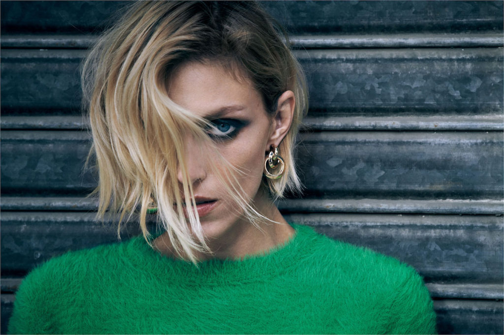 Anja Rubik Hot Smoky Eyes Wallpapers 1024x681 - Anja Rubik Hot Smoky Eyes Wallpapers