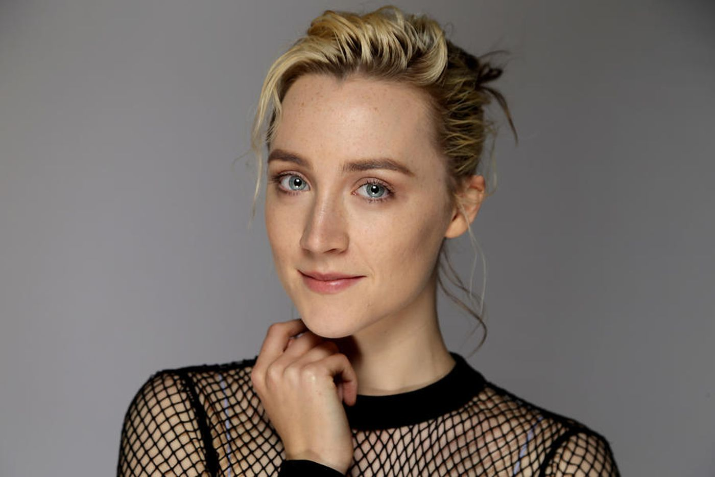 Saoirse Ronan Pics - Saoirse Ronan Net Worth, Movies, Family, Boyfriend, Pictures and Wallpapers