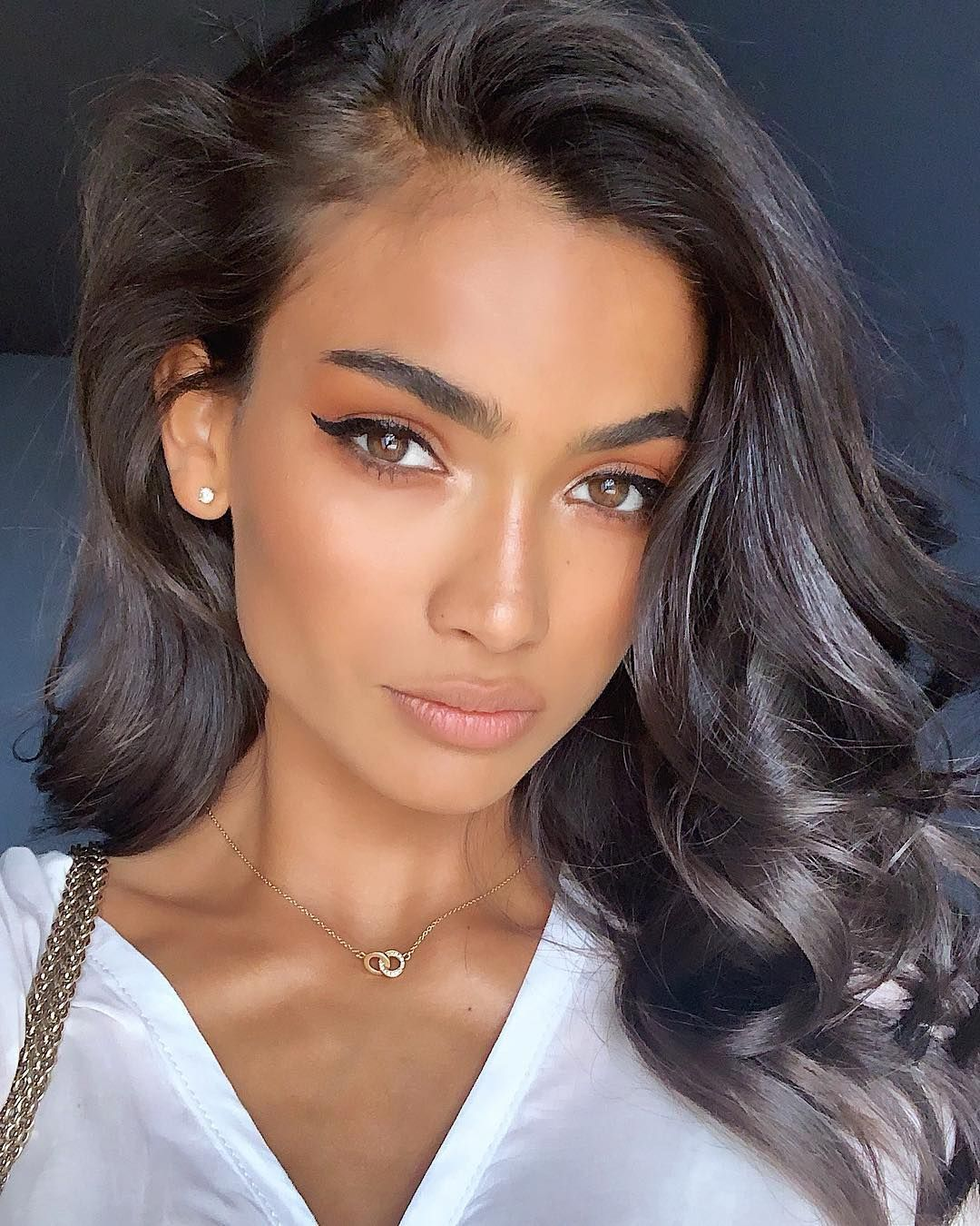 Kelly Gale Beautiful Face - Kelly Gale Net Worth, Pics, Wallpapers, Career and Biography