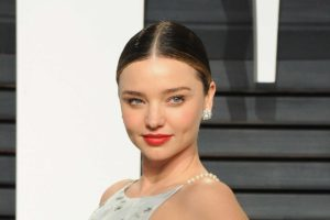 Miranda Kerr Top Model Pic 300x200 - Amanda Paris Net Worth, Pics, Wallpapers, Career and Biography