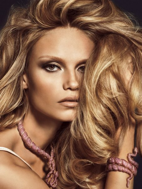 Natasha Poly Net Worth, Pics, Wallpapers, Career and Biograph