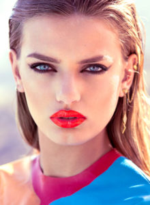 Bregje Heinen Hot Lips Photo 220x300 - Anna Ewers Net Worth, Pics, Wallpapers, Career and Biography