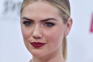 Kate Upton Hot Red Lips