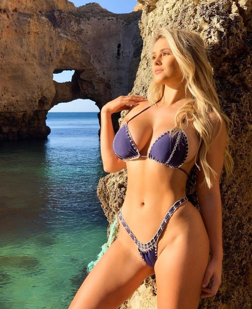 Kinsey Wolanski Hot Bikini Images 835x1024 - Kinsey Wolanski Net Worth, Pics, Wallpapers, Career and Biography