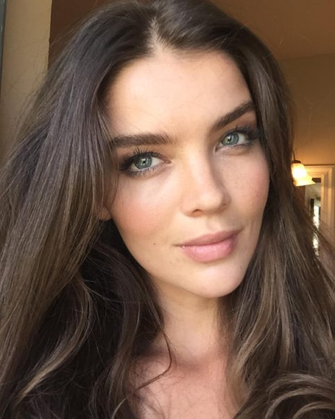 Natasha Barnard Net Worth, Pics, Wallpapers, Career and Biography
