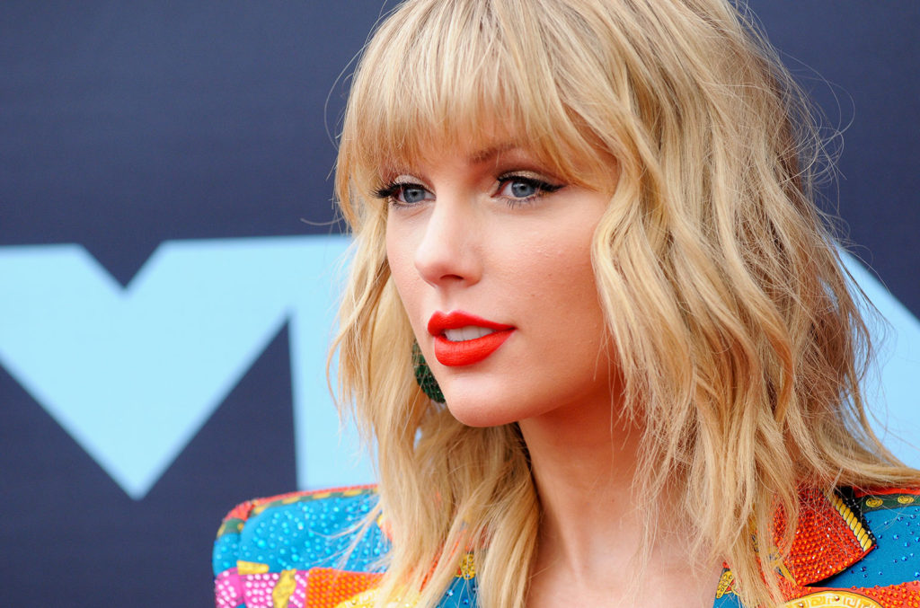 Taylor Swift Billboard 1024x677 - Taylor Swift Net Worth, Pics, Wallpapers, Career and Biography