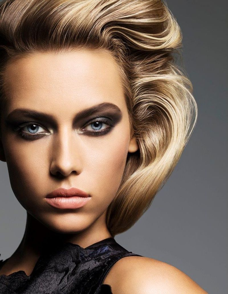 Hannah Ferguson Hot Smoky Eyes - Hannah Ferguson Net Worth, Pics, Wallpapers, Career and Biography