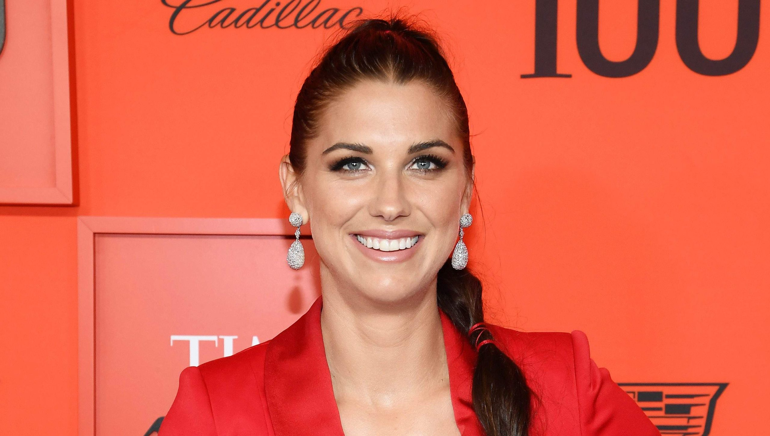 Alex Morgan Beautiful Eyes Wallpapers scaled - Alex Morgan Net Worth, Pics, Wallpapers, Career and Biography