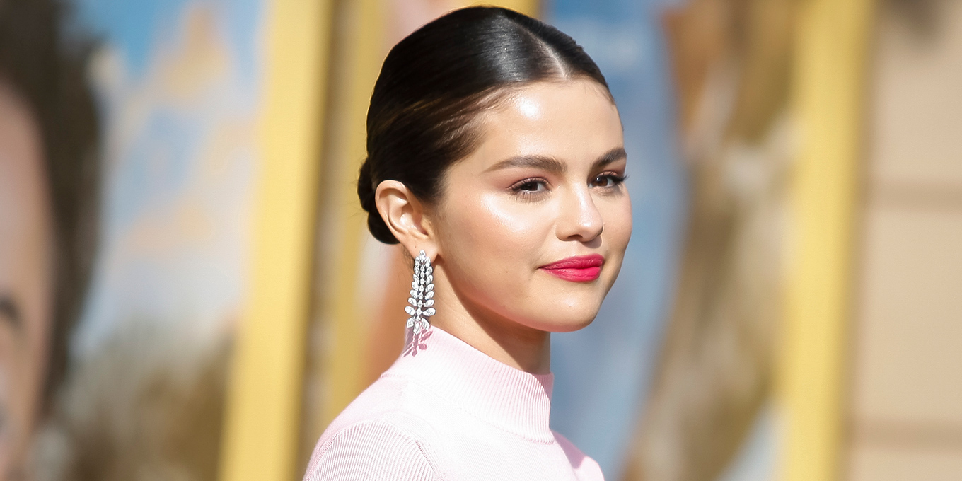 Selena Gomez Hot Lips Nice Makeup - Selena Gomez Net Worth, Pics, Wallpapers, Career and Biography