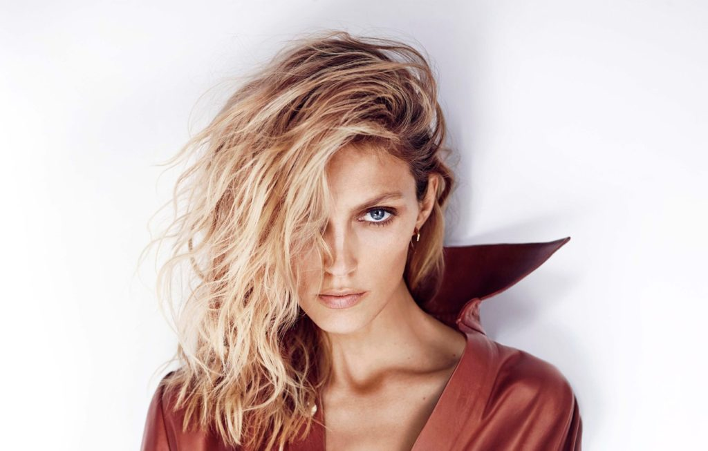 Anja Rubik Portret Wallpapers 1024x653 - Anja Rubik Net Worth, Pics, Wallpapers, Career and Biograph
